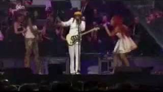 chic feat nile rodgers rappers delight good times