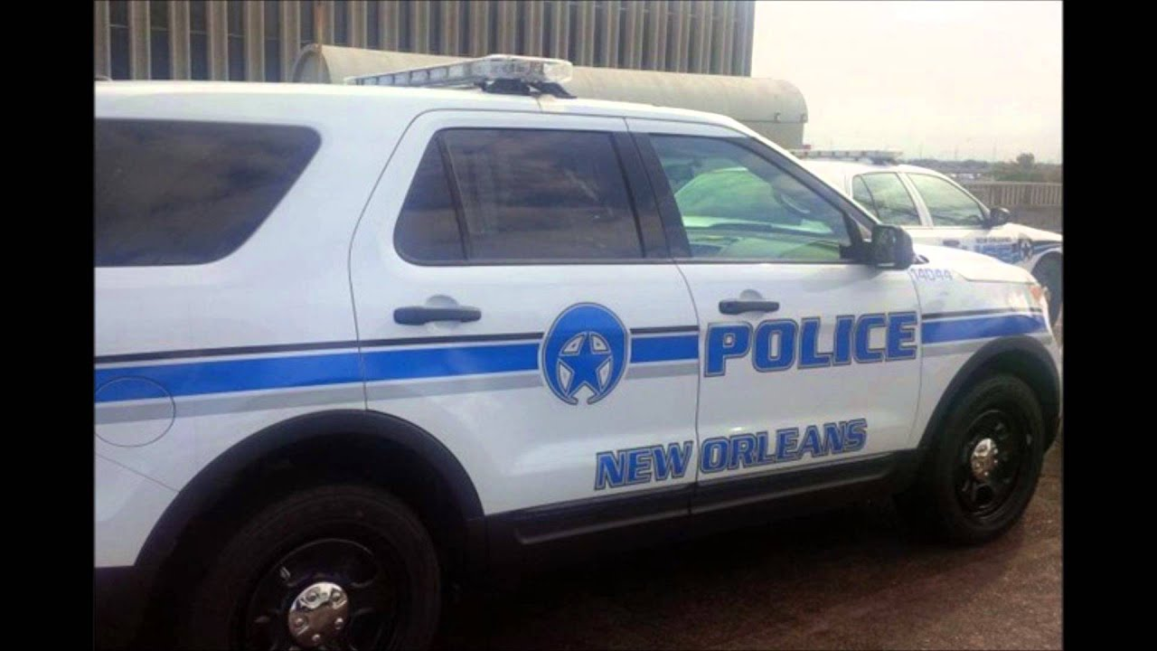 New orleans police car showcase youtube for Police orleans