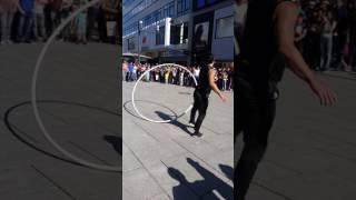 حرکات باورنکردنی مرد افغان در آلمان 😨😨😳