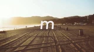 Play Ocean Eyes (Cautious Clay Remix)