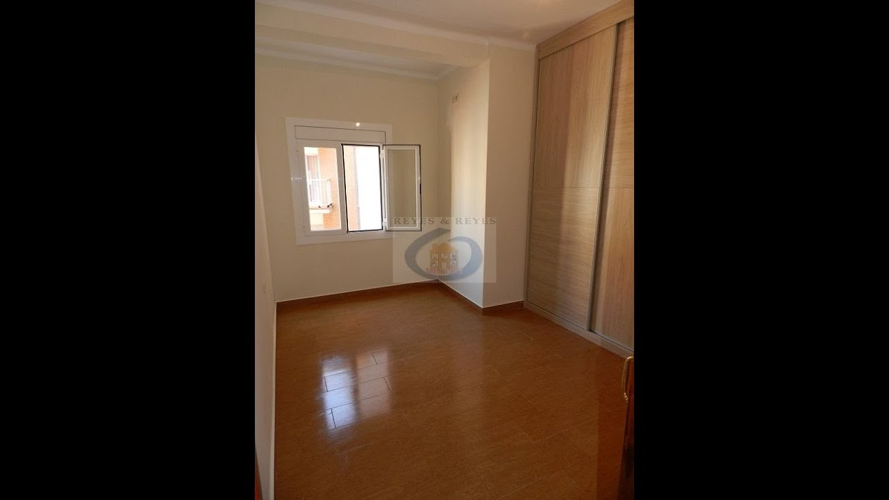 Reforma de piso con suelo porcelanico imitacion parquet youtube - Suelo imitacion parquet ...