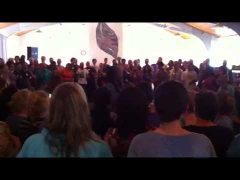 Bobby McFerrin circle song