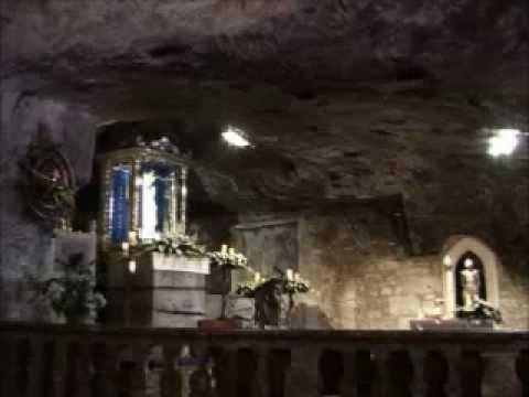 Aparição De São Miguel Arcanjo Na Gruta Monte Gargano Italia Youtube