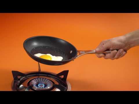 Le Creuset Nonstick: Features & Benefits