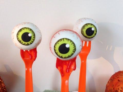 Halloween Bloody Eyeball Cakepops (How To) - YouTube