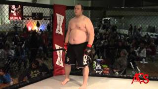 """Exiled MMA ANARCHY  Jack """"The Bull"""" Gould Vs Wade Schipper"""
