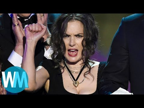 Top 10 Unscripted Award Show Moments That Went Viral
