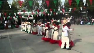 Bailable de Chechin - la cucaracha 20/NOV/2012