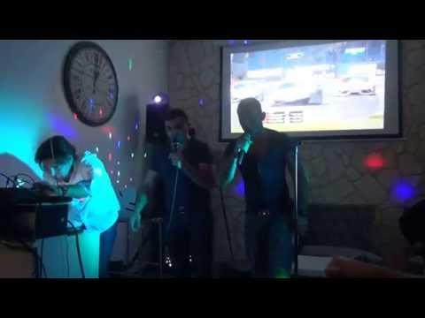 Karaoke Deluxe Bar