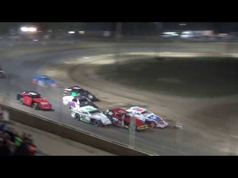 I.M.C.A. Heat Race #2 at Crystal Motor Speedway, Michigan, on 09-16-2017!