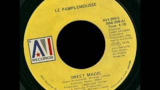 "Label:AVI Records Catalog#:AVI-209-S Format:Vinyl, 7"" Country:US Re..."