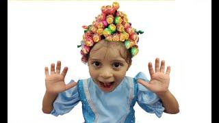 JULIA E A HISTÓRIA DO PENTEADO MALUCO DE PIRULITO تسريحة جميلة للشعر Hairstyle Chupa Chups Lollipops