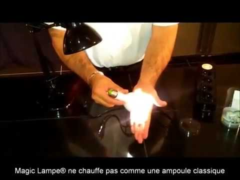 magic lampe l 39 ampoule qui s 39 allume m me en cas de coupure d 39 lectricit flv youtube. Black Bedroom Furniture Sets. Home Design Ideas