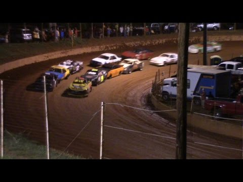 Winder Barrow Speedway Stock Four Cylinder Feature Race 8/13/16