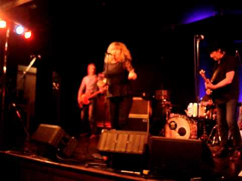 hamburg-blues-band-with-miller-anderson-and-meggie-bell-(title-'wishing-well')