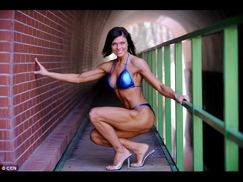 Policewoman becomes bodybuilding champion after training for just two years