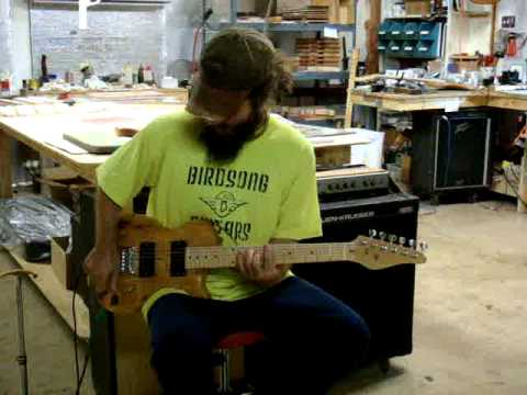 24 inch scale nugget electric guitar mpg youtube. Black Bedroom Furniture Sets. Home Design Ideas