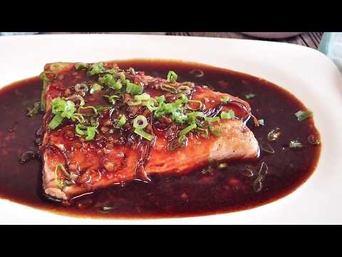 Super Easy Chinese Soy-Glazed Ginger Garlic Salmon Recipe