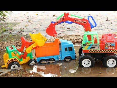 รีวิวของเล่นรถตักดิน รถดั้ม รถแม็คโคร ช่วยกันลงไปตักดินในน้ำ   Wheel Loaders Excavator Dump truck