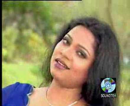 Kaliya-Singer Dolly Shantoni