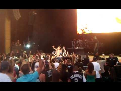 Chris Brown Jamming On Partying With Denver, CO At Summer Jam 2k11
