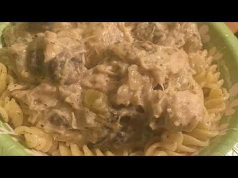 Recipe: Slow Cooker Chicken With Mushroom Wine Sauce