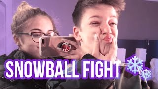 SNOWBALL FIGHT VLOG | Baby Ariel