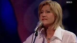 Anne Grete Preus - Sommerfuglvinger (live, solo, acoustic, 2007)