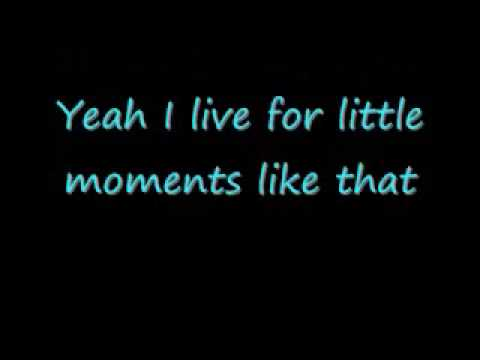 Little Moments (Like That) -- Brad Paisley *LYRICS*