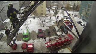 Пожар в квартире. Поиск и эвакуация пострадавших на ул Свердлова 10Б. Дата 31.12.2018
