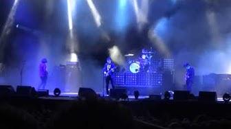 Arctic Monkeys - R U Mine? live @ Paléo Festival Nyon ( Switzerland ) 24/07/2013