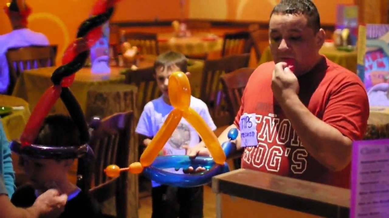 89040a29fcf Senor Frogs Amazing Balloon Hat Guy in Myrtle Beach - YouTube