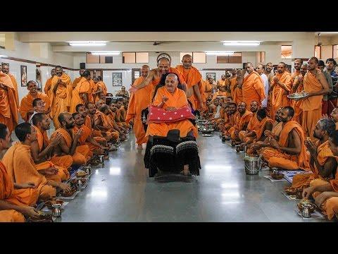 Guruhari Darshan 27 Aug 2014, Sarangpur, India