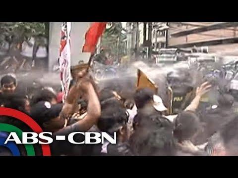 TV Patrol: 'Sonic weapon', tubig, ipinantapat sa mga nagprotesta