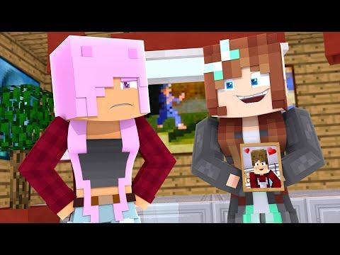 SHE'S CRAZY! - Parkside University EP4 - Minecraft Roleplay