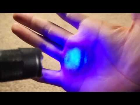Cool And Cheap Flashlight Hack! (Easy and Awesome Stuff!!)