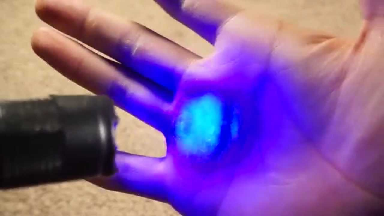 Cheap Cool Stuff >> Cool And Cheap Flashlight Hack Easy And Awesome Stuff Youtube