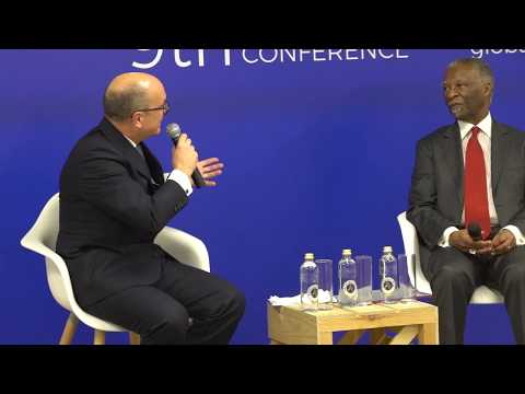 Conversation between Santiago Iñiguez and Thabo Mbeki at IE