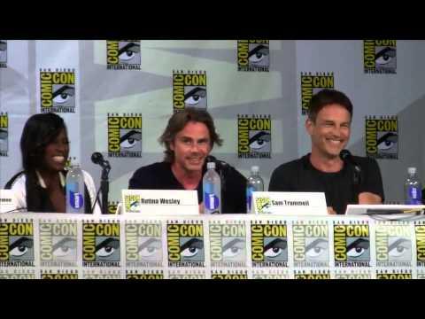 True Blood @ Comic Con: Stephen Moyer Convinces Sam Trammell to Imitate Alexander Skarsgard