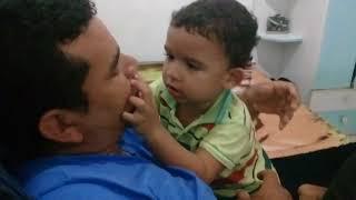 Ensinando o papai cantar. Johny jonhy yaes PAPA