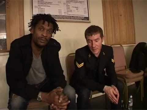 Massive Attack - Interview Backstage + Angel (Live) @ Brixton Academy 2007