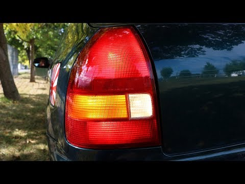Honda Civic - Rear Left Lights Replacement