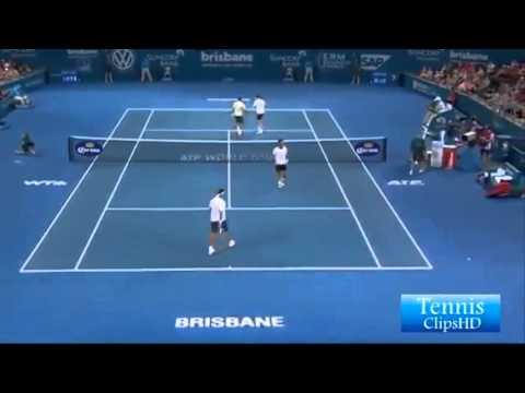 Roger Federer-Nicolas Mahut vs Cabal-Farah Men Doubles ATP Brisbane International 2014-highlight-SF