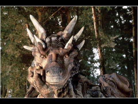 Топ- 5 добрых фильмов фэнтези о драконах и динозаврах