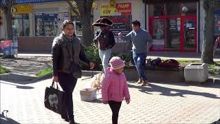 Горячие латинос развлекают Брест! Street! Music! Song! Dance!