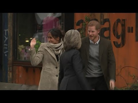 Prince Harry, Meghan Markle visit south London radio station | ABC News Mp3