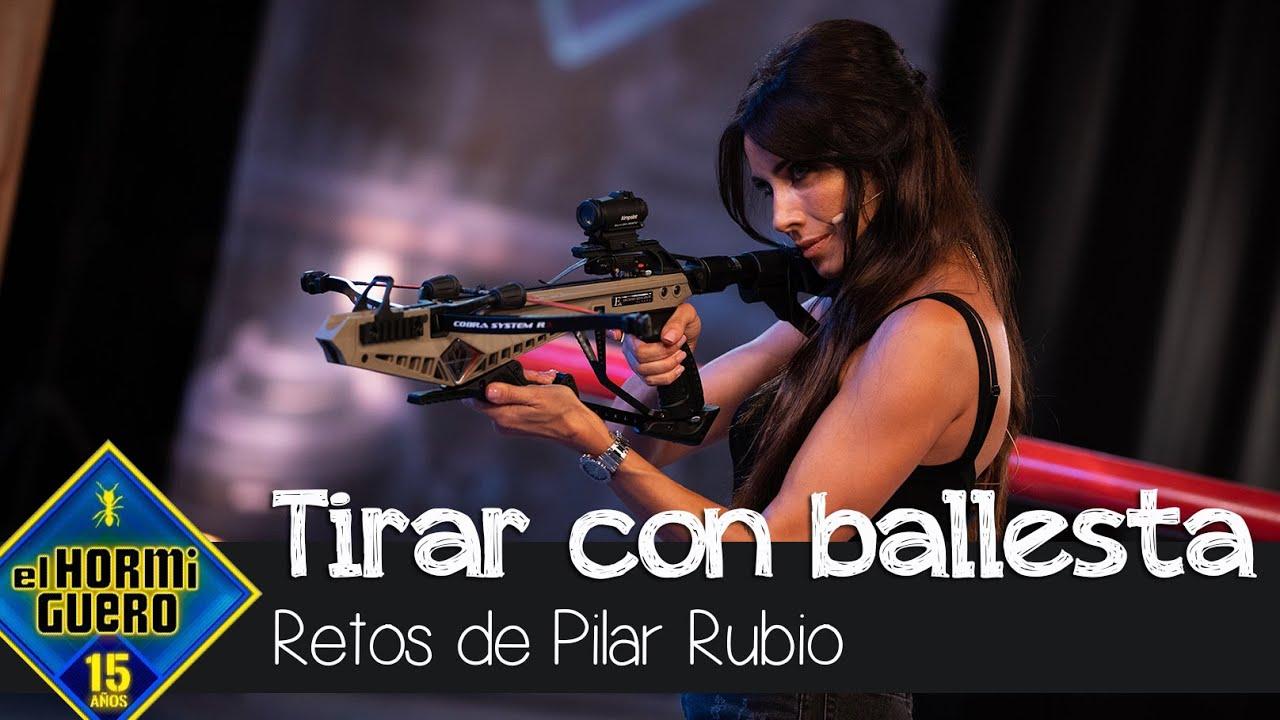 Pilar Rubio, más guerrera y rompedora que nunca al frente de una ballesta - El Hormiguero