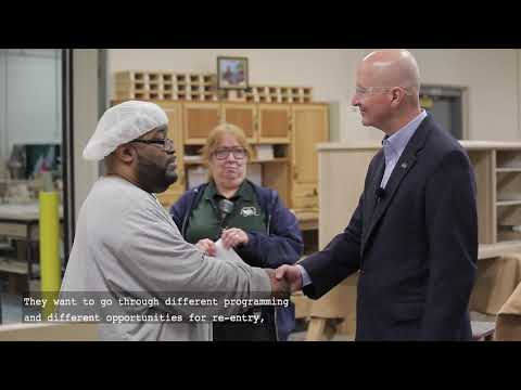 Nebraska Gov. Pete Ricketts Connects Face to Face at Tecumseh State Correctional Institution