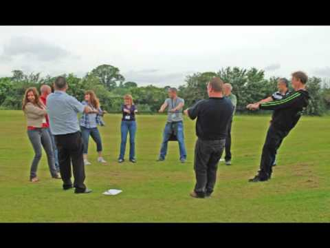 Trust Circle fun Icebreaker, training activity and teambuilding ...