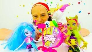 Девушки Эквестрия Герлз: кукла Клава и профессия журналист